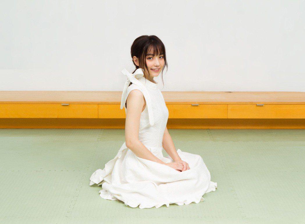 黑嘉嘉外型亮眼,被日本圍棋界封為「千年僅一人的美女棋士」。圖/種子音樂提供