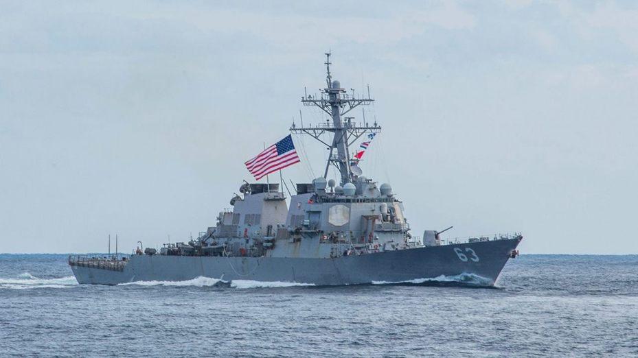 兩美艦再過台灣海峽 魏碧洲