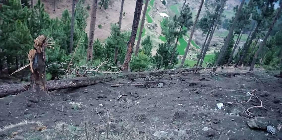 巴基斯坦軍方公布的「巴拉科特遇襲照」。 圖/法新社
