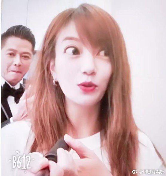 美顏鏡頭下的趙薇。圖/擷自weibo。