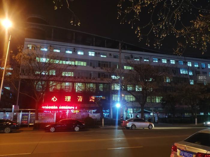 夜間的康復病區,這張照片拍攝於近期。