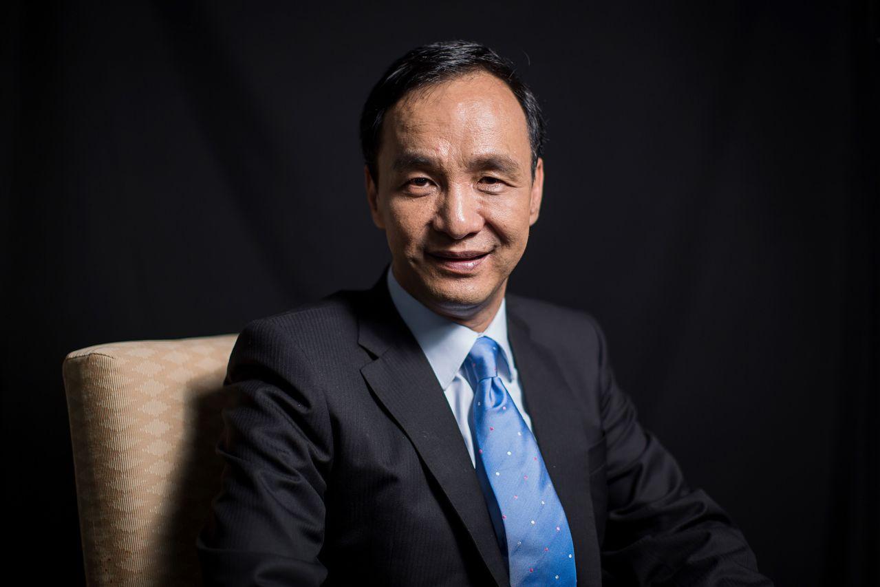 朱立倫以「三個中華」為兩岸論述主體。彭博