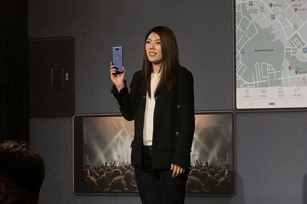 理科太太26日出席手機活動。記者梅衍儂/攝影