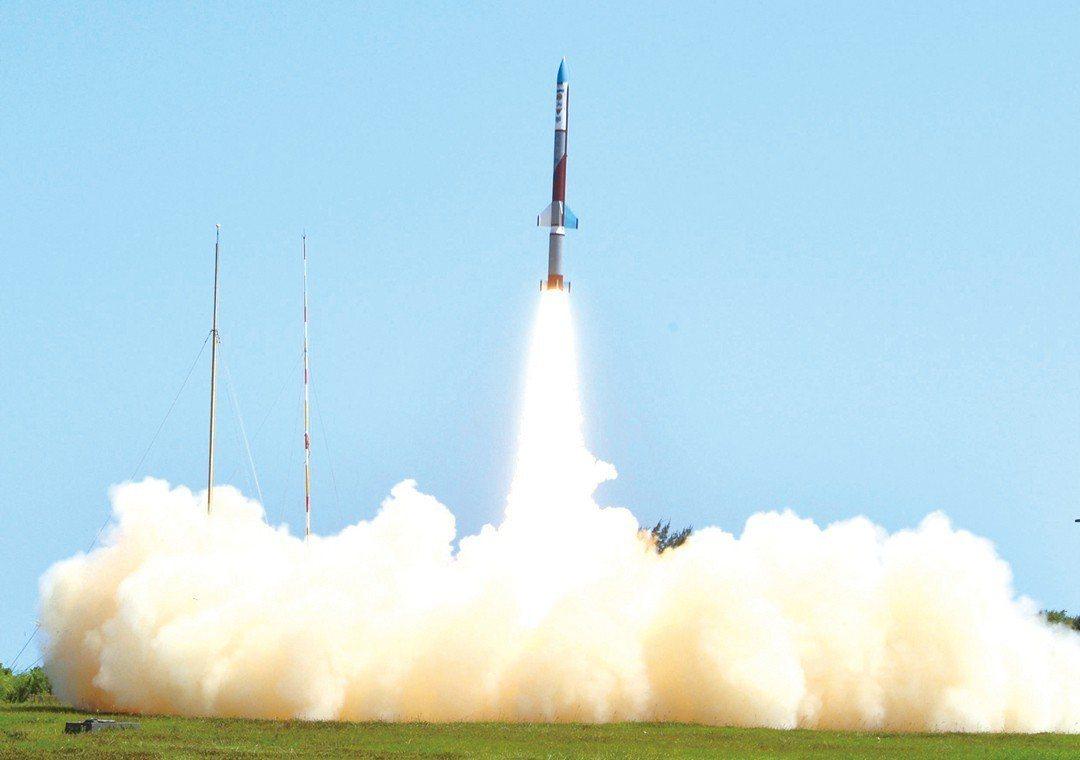 中科院「探空十號」火箭發射。圖/引自維基百科