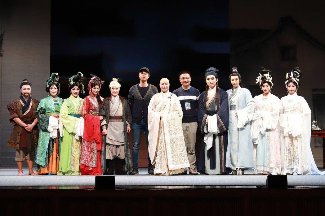 唐美雲歌仔戲「千年渡. 白蛇」將於城市舞台演出。圖/民視提供