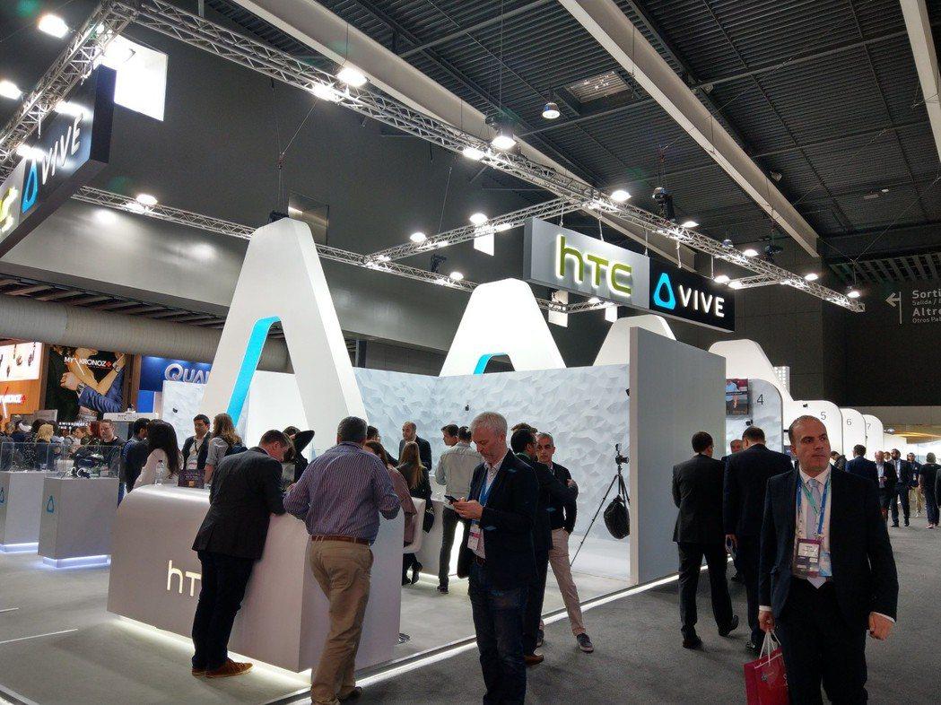宏達電MWC展區主打虛擬實境VIVE產品。記者鐘惠玲/攝影