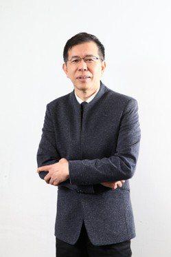 陳超明認為,政府要推動2030雙語國家政策,首要做的事,就是打破英語學科概念,讓...