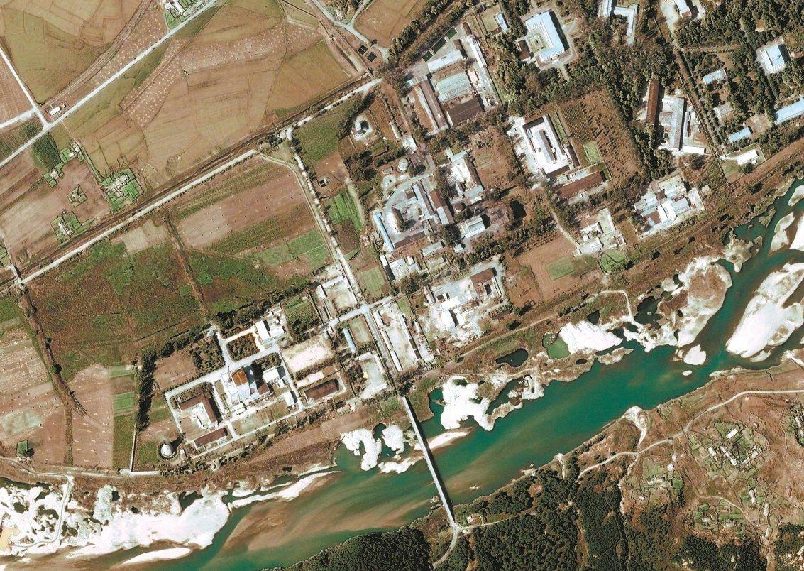 北韓寧邊核研究中心的2004年檔案照。 歐新社