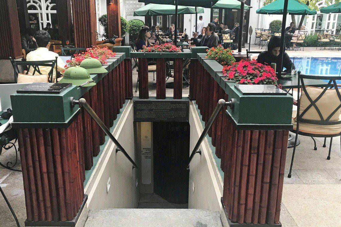 索菲特酒店過去設置了躲避美軍空襲的防空洞,直到2011年防空洞遺跡才重見天日,並...
