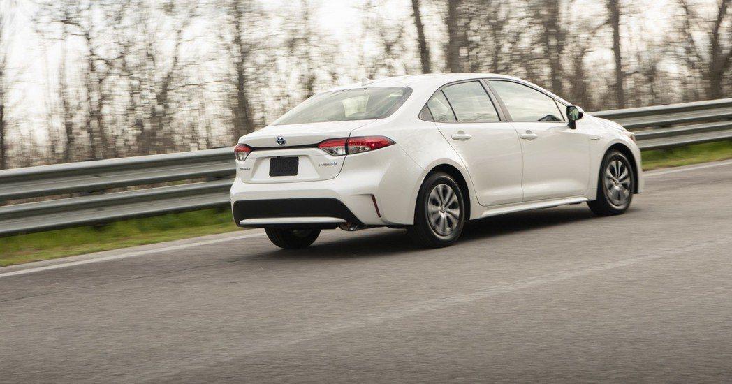 美規Toyota Corolla Sedan Hybrid。 摘自Toyota