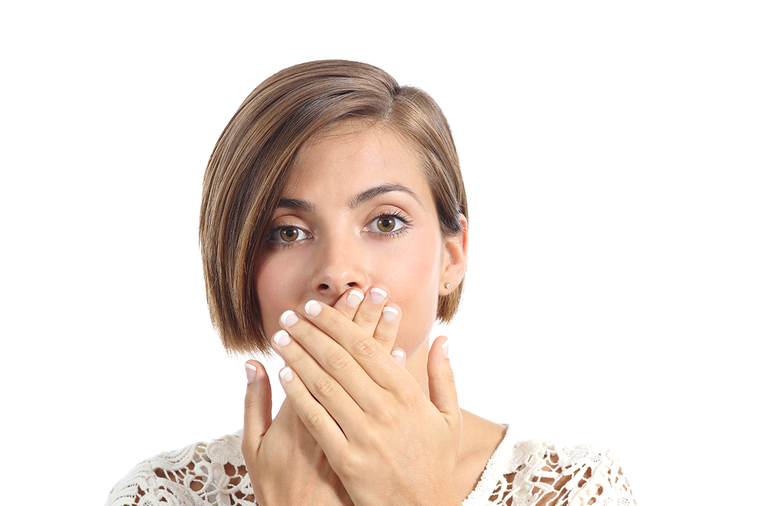 大部分的口臭主要來自於口腔問題,例如牙齦發炎、牙周病、蛀牙,或是口腔出血或部分腫...
