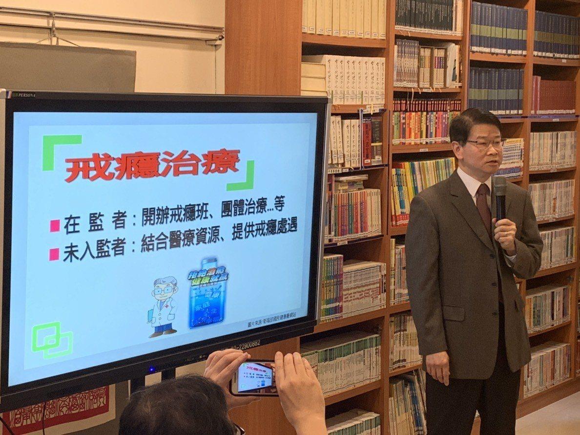 法務部檢察司長王俊力說明酒駕刑事政策。記者王聖藜/攝影
