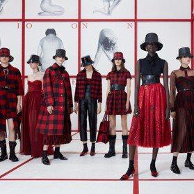 巴黎時裝周/優雅運動風 Dior 2019秋冬重現「泰迪女孩」