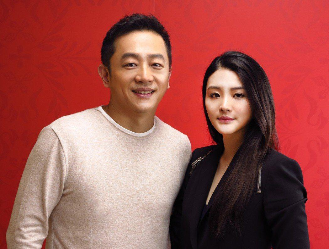 陳昭榮(左)首度和漂亮女兒陳品兒同台亮相。圖/翰成數位直播提供
