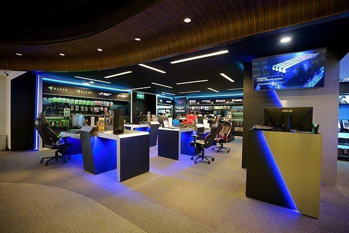 法雅客電競專區集合十大電競品牌。圖/新光三越提供