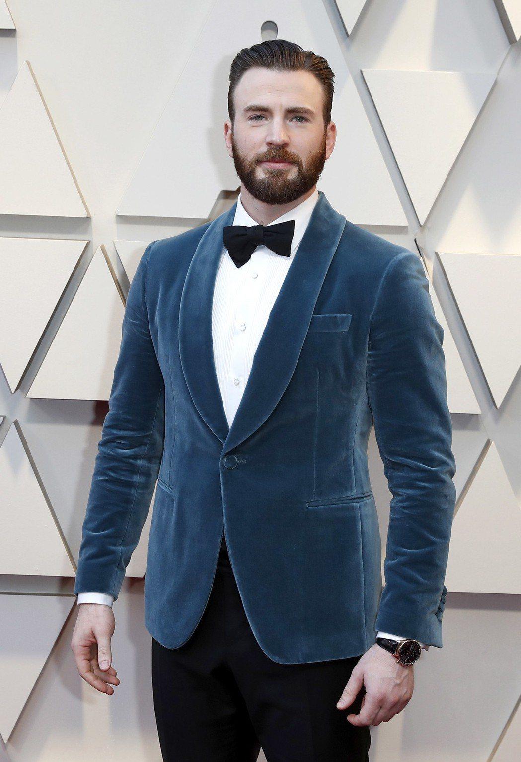 克里斯伊凡的奧斯卡典禮造型靈感來自迪士尼電影的王子。圖/歐新社資料照片