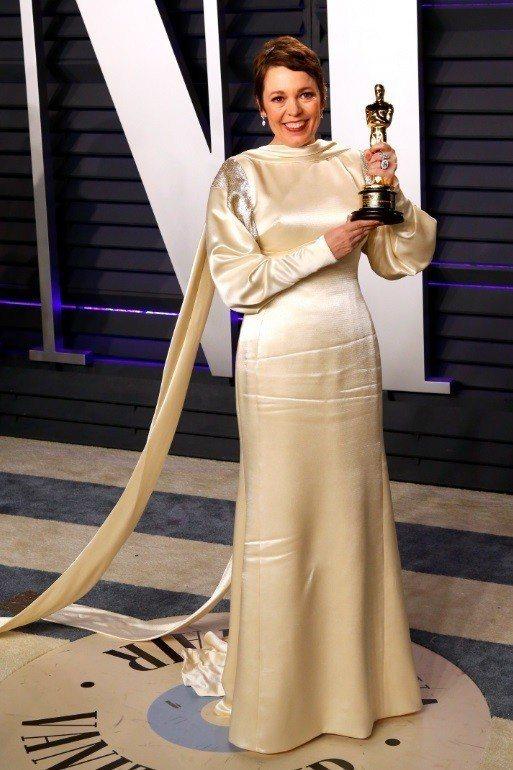 奧莉薇雅柯爾曼獲奧斯卡影后後,被看好暴紅,身價可望衝上巨星水準。圖/歐新社資料照