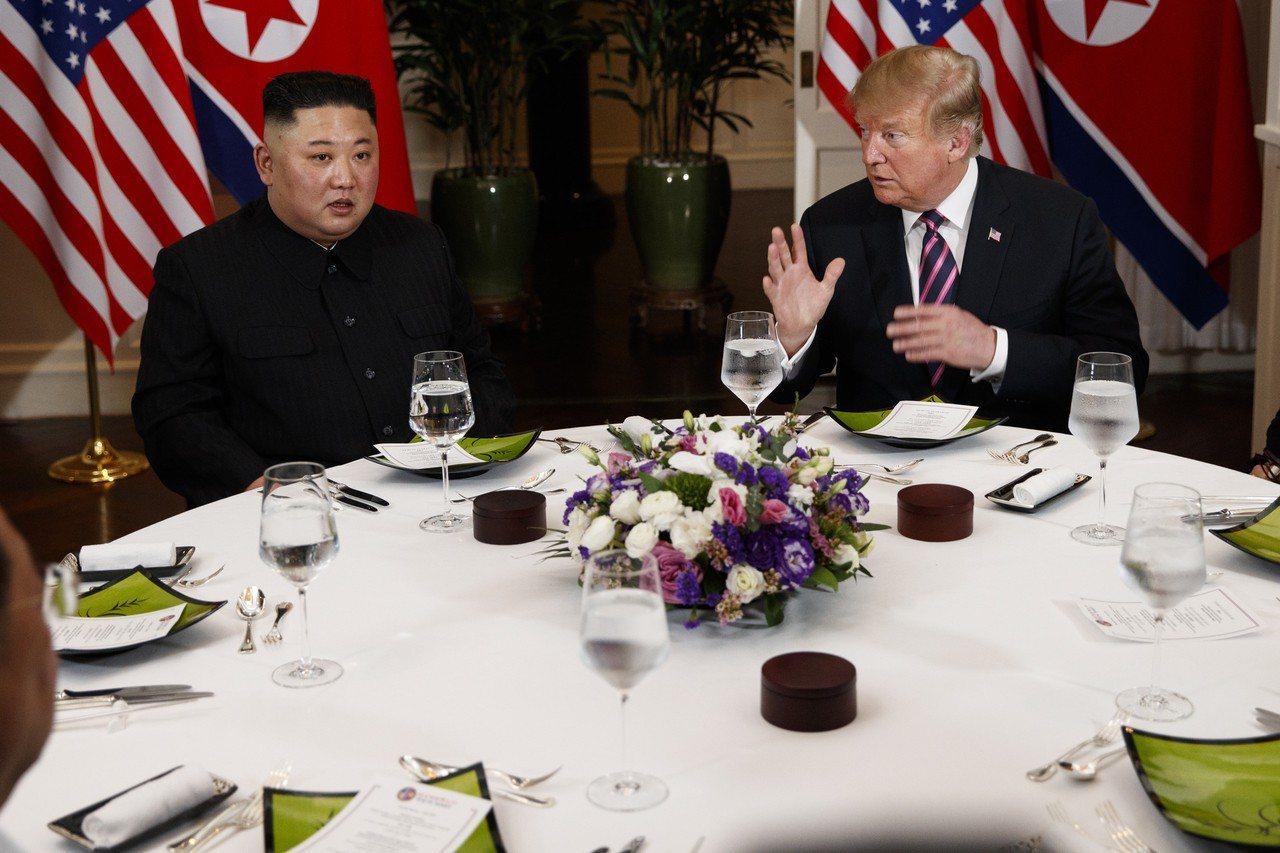 川普和金正恩雙方工作午餐取消,協定簽署儀式也告吹。 美聯社