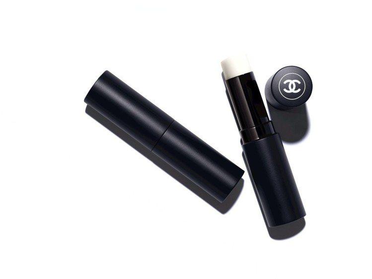 香奈兒BOY零油光護唇膏/1,340元。圖/香奈兒提供