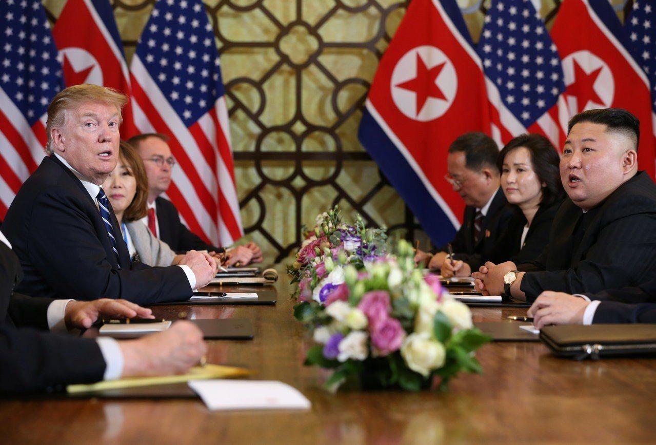 在河內川金會28日擴大會議前,川普與金正恩針對美國在平壤設聯絡辦事處一事過招。