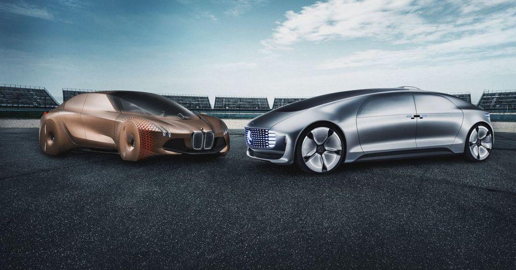 戴姆勒與BMW,將攜手共同研發自動駕駛科技。摘自BMW
