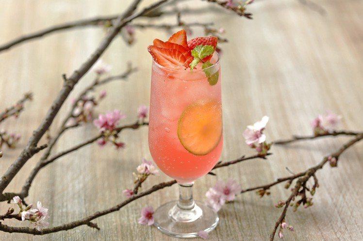 櫻花氣泡飲,售價180元。圖/杏桃鬆餅屋提供