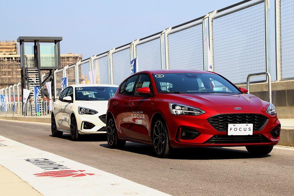 過往著重操控的Ford Focus,因新世代改用扭力樑後懸吊設計,使許多人質疑運動特質是否已經不存在。但五門ST-Line車型的編成,就非眾人所想的這麼簡單! 記者張振群/攝影