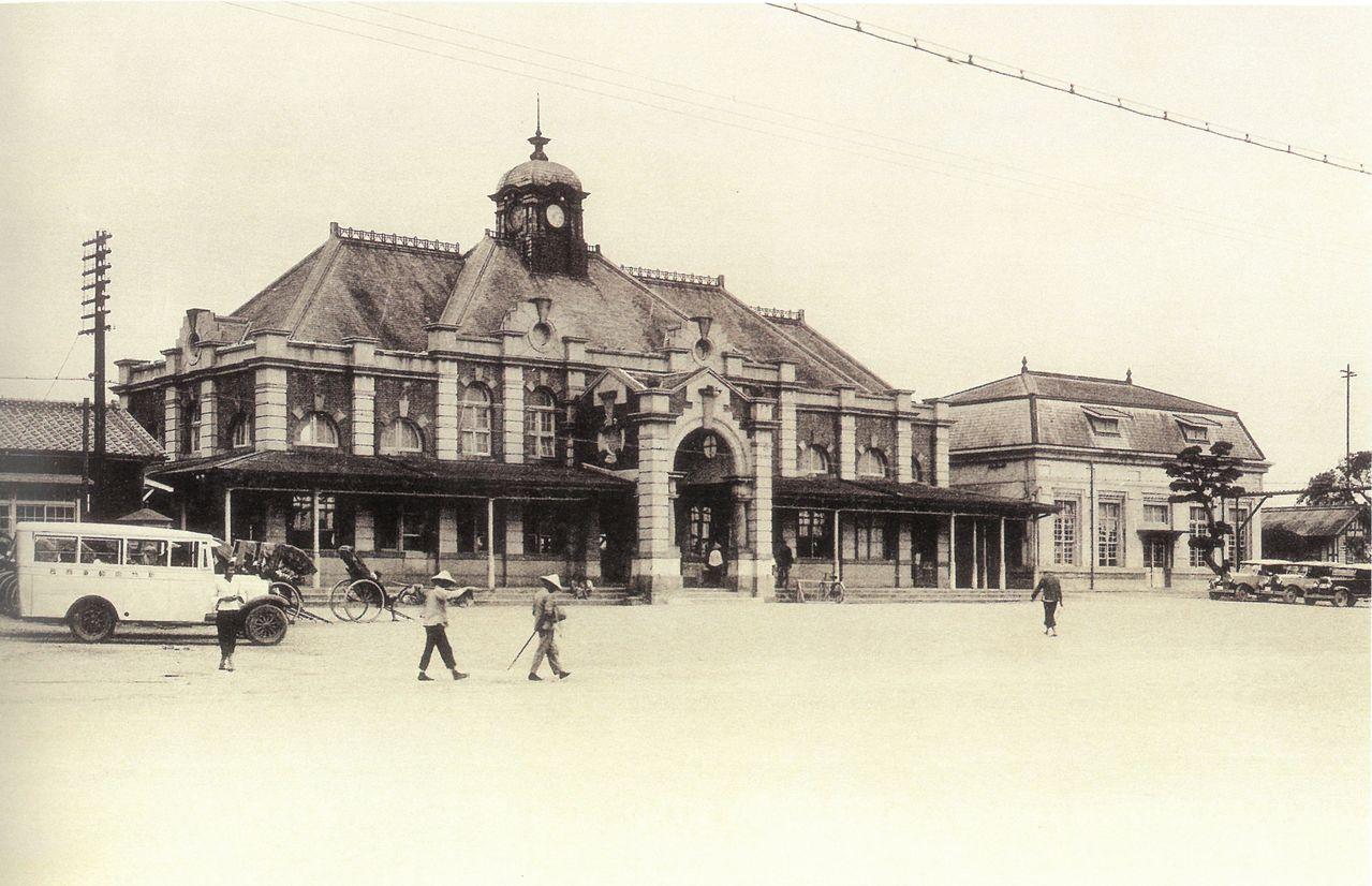 新竹市鐵道藝術村展出老照片。圖/新竹市政府提供
