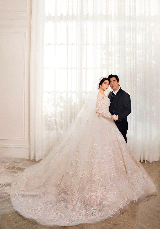 柯有倫與老婆Donna將於3月29日於香港補辦婚宴。圖/林莉婚紗提供