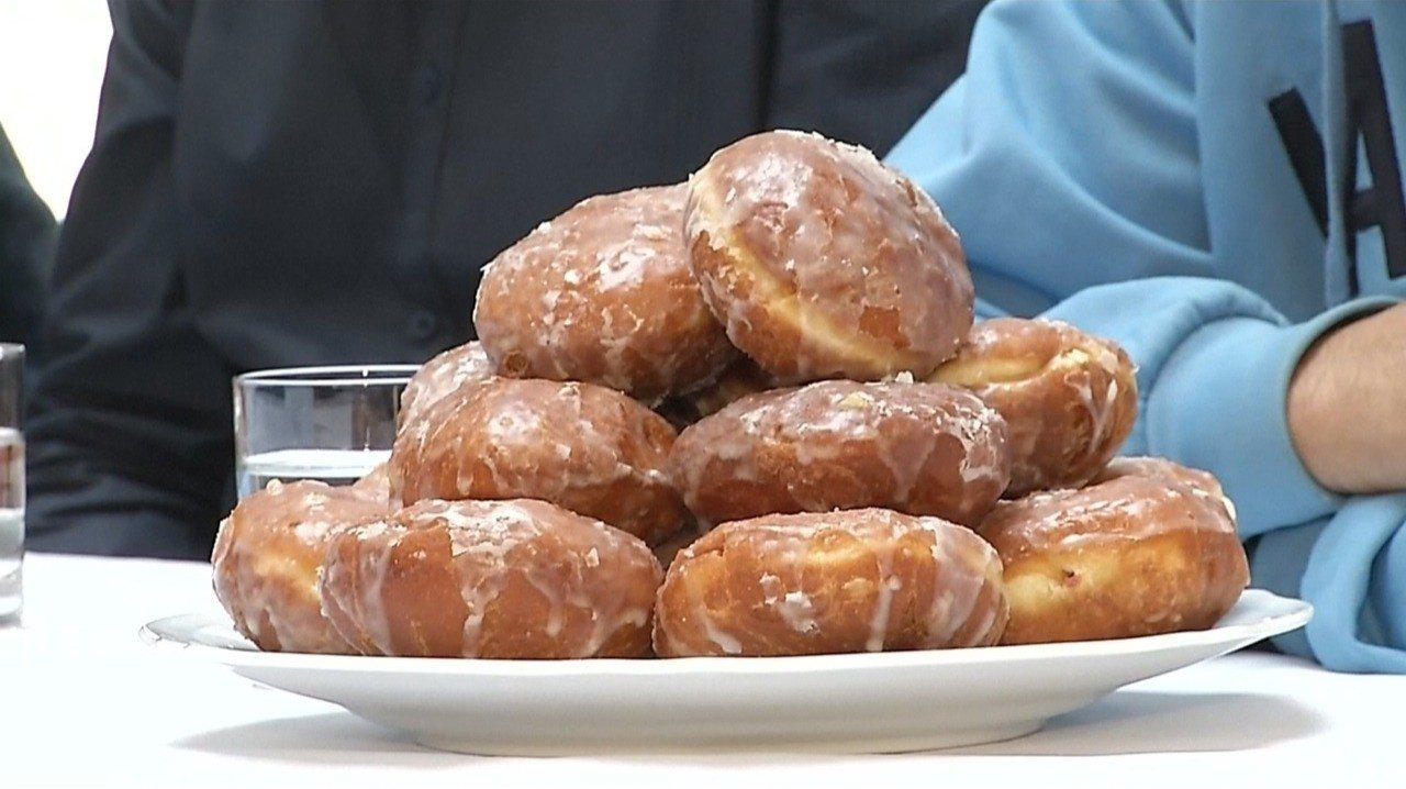 波蘭年度重要慶典「肥胖星期四」今年落在2月28日,波蘭人依循傳統大吃波蘭甜甜圈慶...