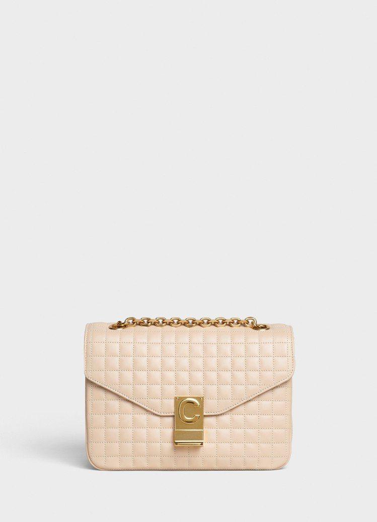 C Bag裸膚色格紋襯芯小牛皮中型鍊帶包,售價99,000元。圖/CELINE ...