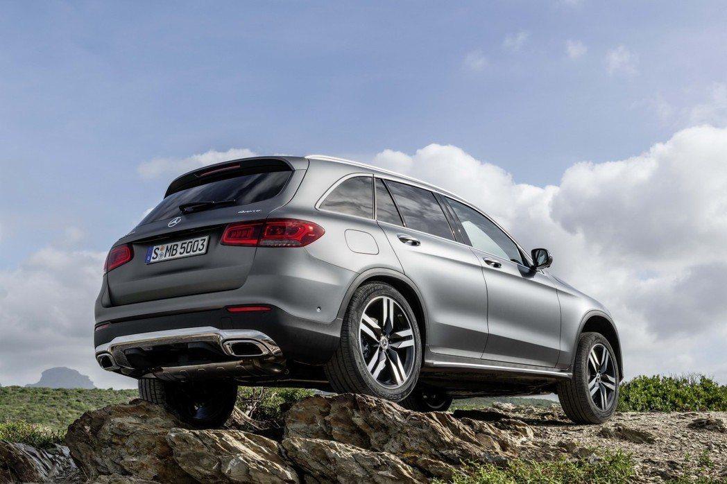 小改款Mercedes-Benz GLC即將在日內瓦車展上舉行全球首演。 摘自M...