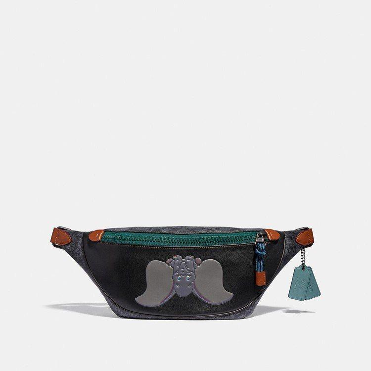 Rivington Disney x COACH Dumbo印花腰包,售價14,...