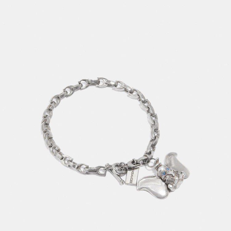 Dumbo吊飾手環,售價7,500元。圖/COACH提供