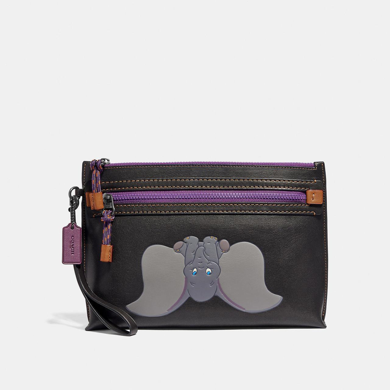 Dumbo印花多功能手袋(可放iPad),售價14,800元。圖/COACH提供