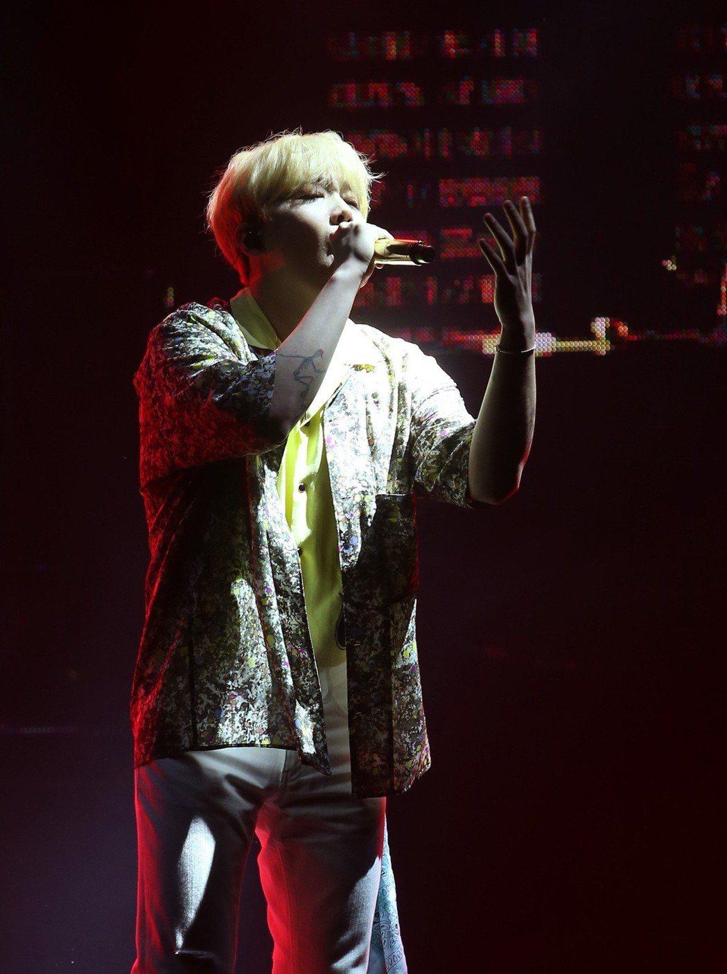 李洪基2日在台北國際會議中心舉辦演唱會。記者林澔一/攝影