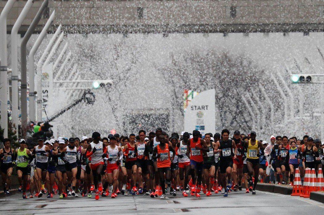 東京馬拉松。 路透