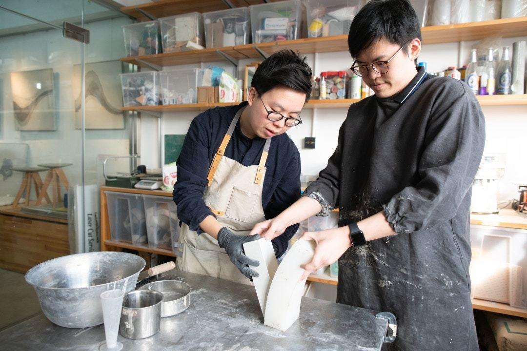 馬祖輝及劉頌銘在大專相遇,從此一拍即合成為了好朋友及好同事。記者吳鍾坤攝/攝影