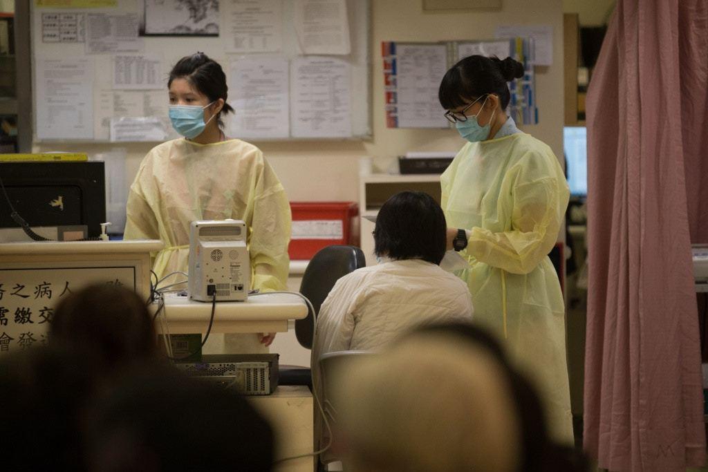 一般而言,護士輪班制度可稱為「APN」,每名護士每周要返早更、下午更及通宵更。 ...