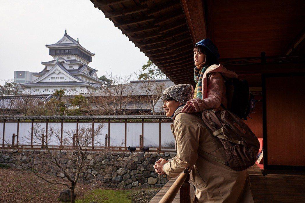 張庭瑚、王淨主演新戲「愛情白皮書」赴日本北九州取景。圖/東森提供