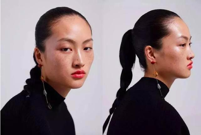 ZARA在微博發布新彩妝產品宣傳,其中中國模特李靜雯滿臉雀斑的照片引發爭議。(新...