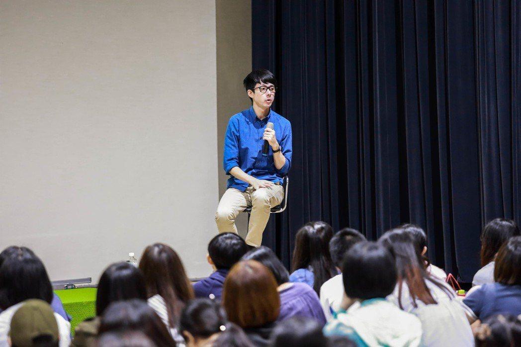 台南積極推動英語作為第二官方語言,還找來網紅阿滴分享學英語的撇步。 台南第二官方...