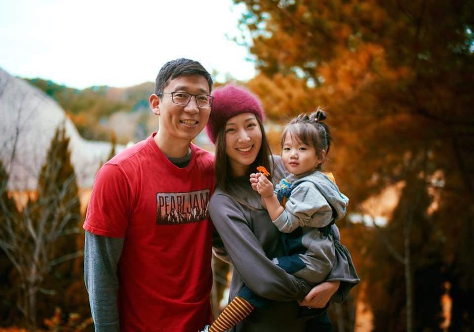 隋棠與老公Tony、女兒Lucy。圖/摘自臉書