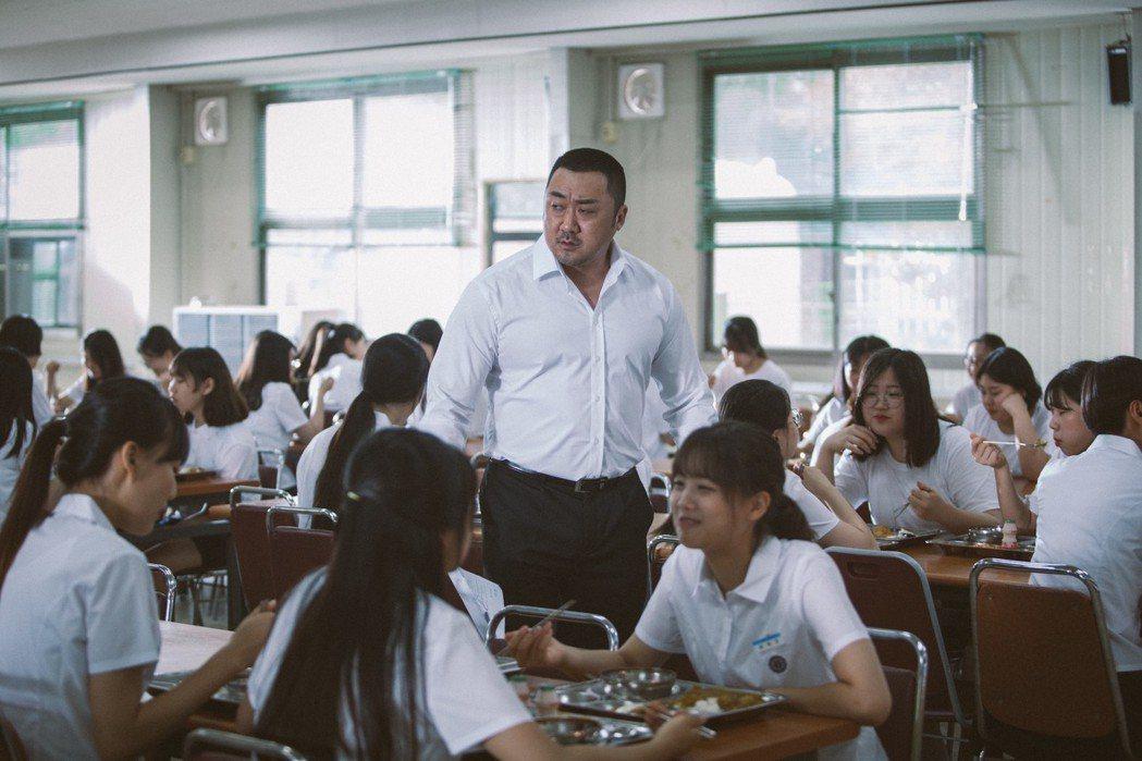 friDay影音推出台灣人最愛的大叔歐巴馬東石專區,網羅他主演的9部電影。圖/f...