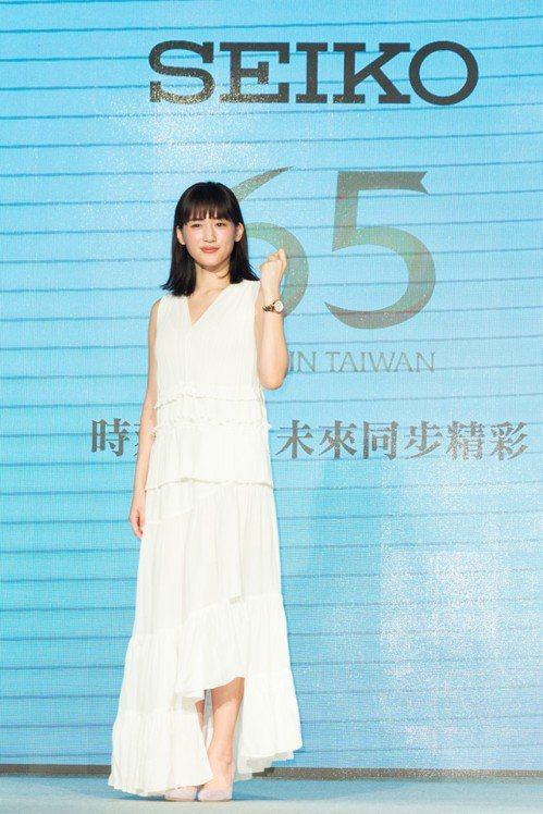 綾瀨遙受SEIKO邀請,現身品牌來台65周年慶祝活動,取代林依晨,成為品牌首位橫...