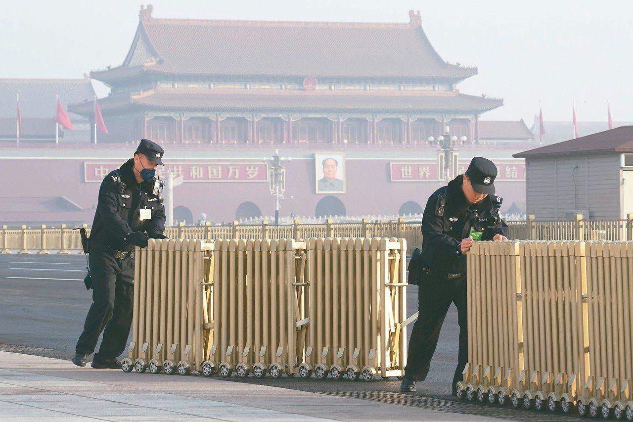 北京管制言論自由的範圍橫跨古今。圖為北京天安門廣場。 美聯社