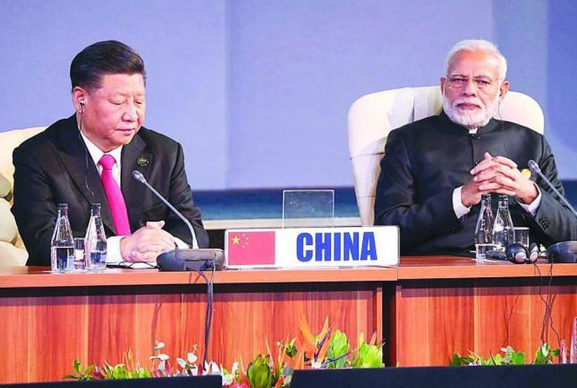 大陸國家主席習近平(左)和印度總理莫迪(右)。(法新社)