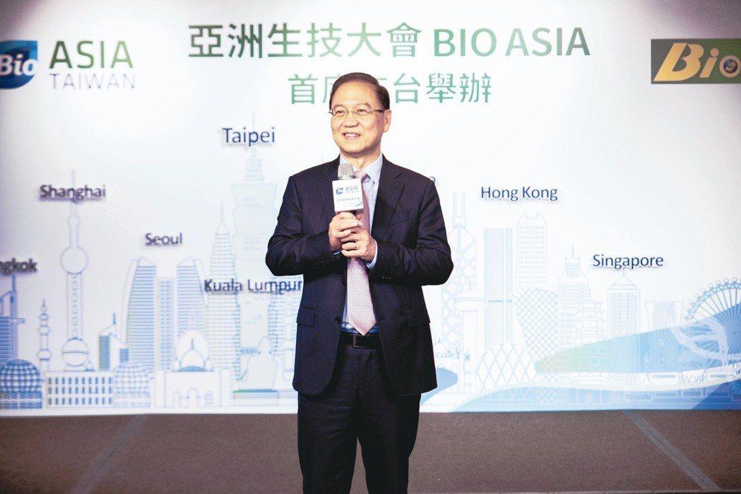 台灣生物產業發展協會理事長李鍾熙強調,亞太生技大會在台舉辦,必能帶動生技產業快速...