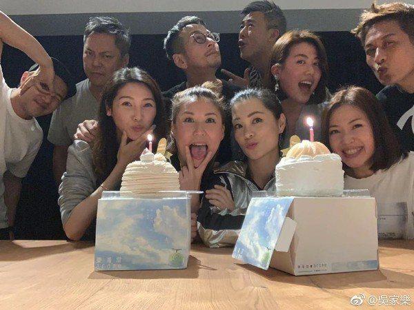 劉愷威(左1)目前明顯臉變得較為圓潤。圖/摘自微博