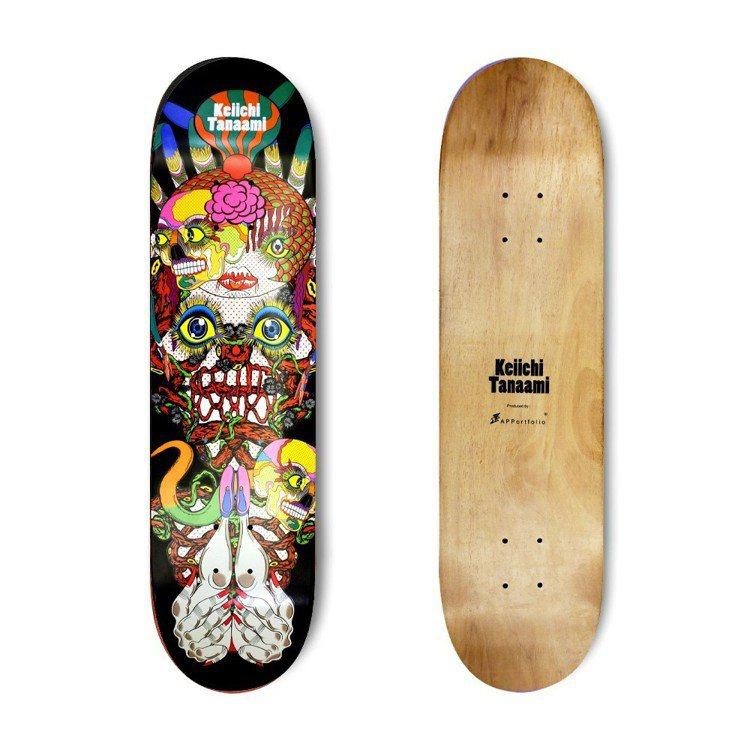 拍品之一為田名網敬一滑板。圖/羅芙奧藝術集團提供